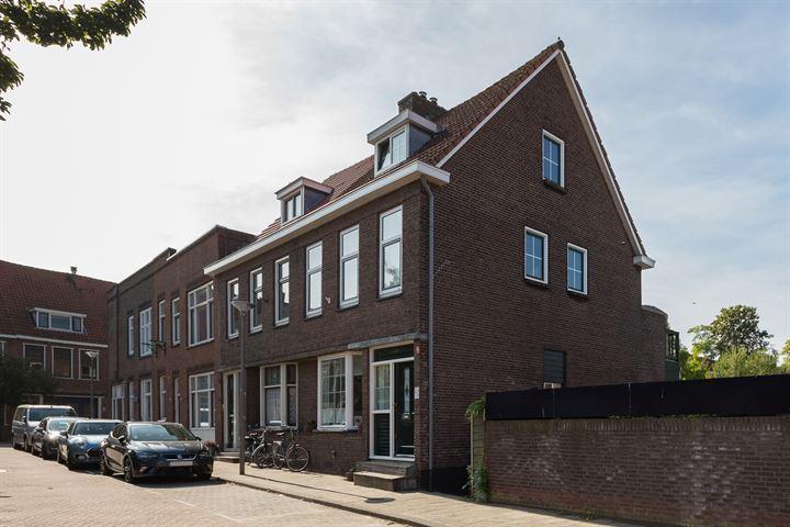 Oranjestraat 1 E