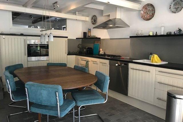 Bekijk foto 2 van Nieuwendammerdijk 110
