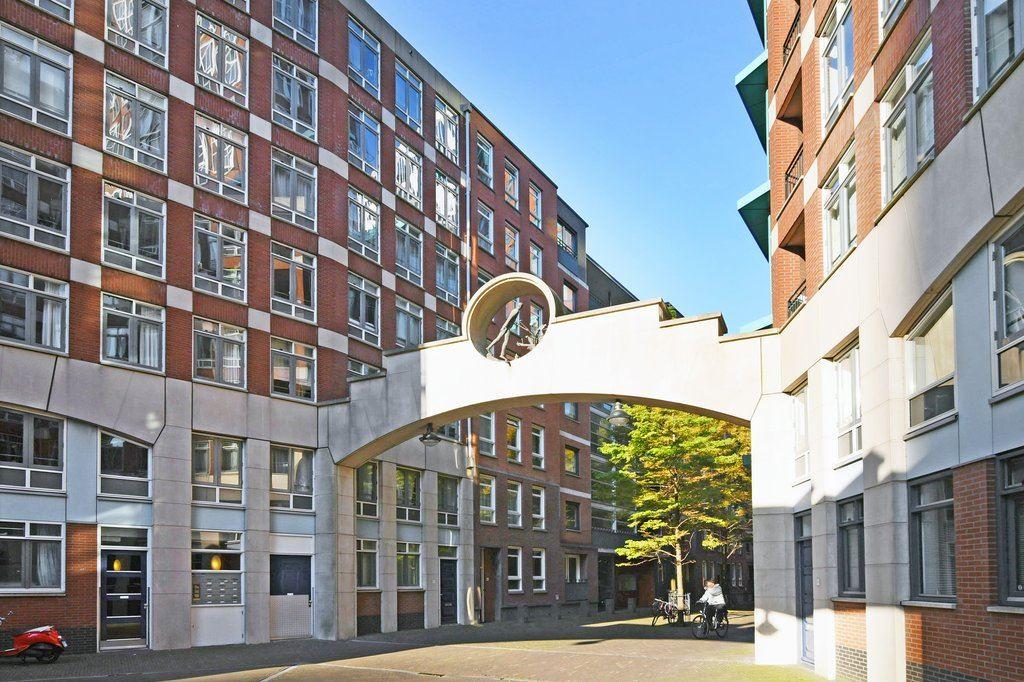 Bekijk foto 3 van Muzenstraat 70