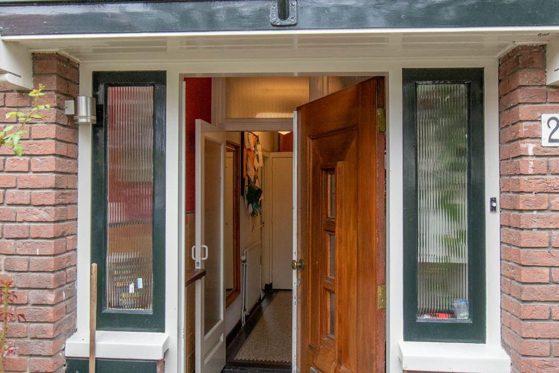 Bekijk foto 4 van Roodenburgerstraat 21