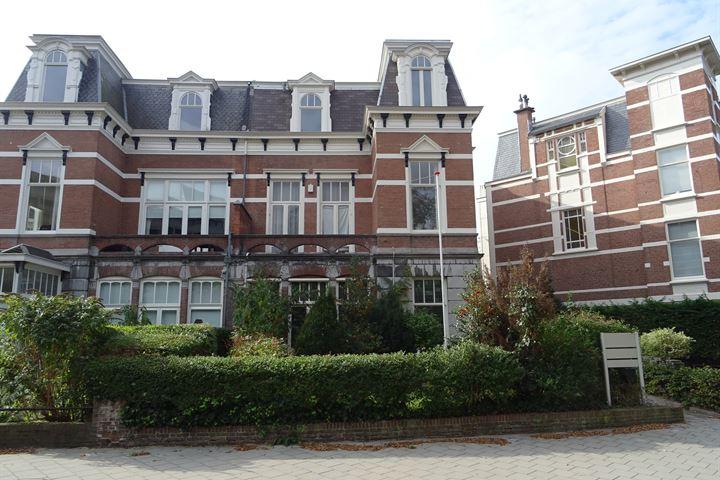 Johan van Oldenbarneveltlaan 2, Den Haag