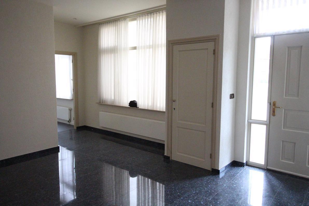 Bekijk foto 2 van Aalstraat 1