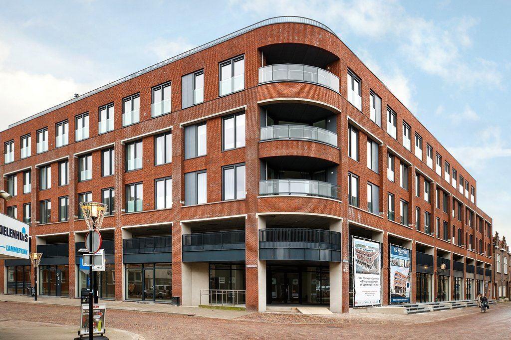 Bekijk foto 2 van T.G. Gibsonstraat 2 F27