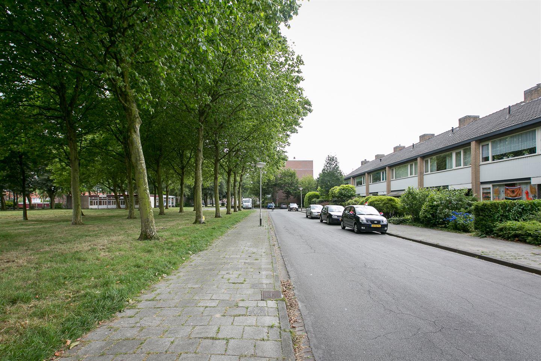 Bekijk foto 3 van Genhoesstraat 15