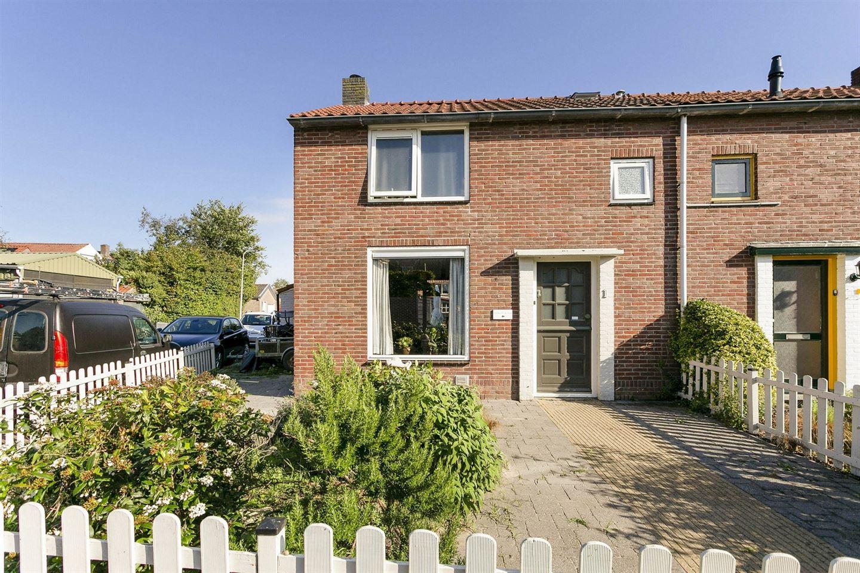 Bekijk foto 2 van Enschedesestraat 1