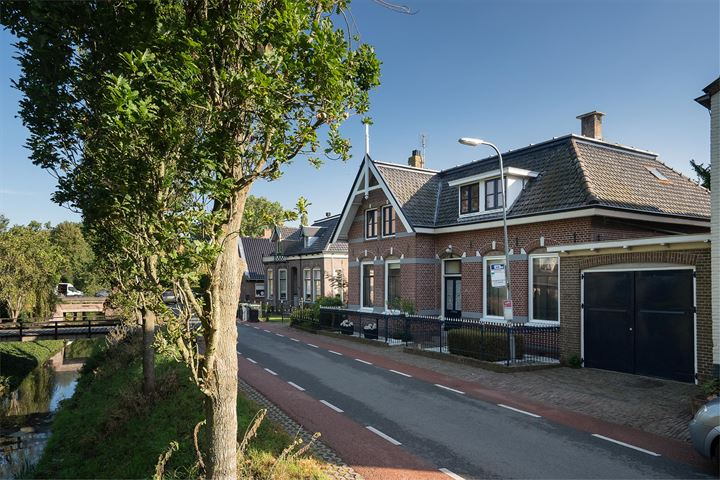 Dorpsstraat 57