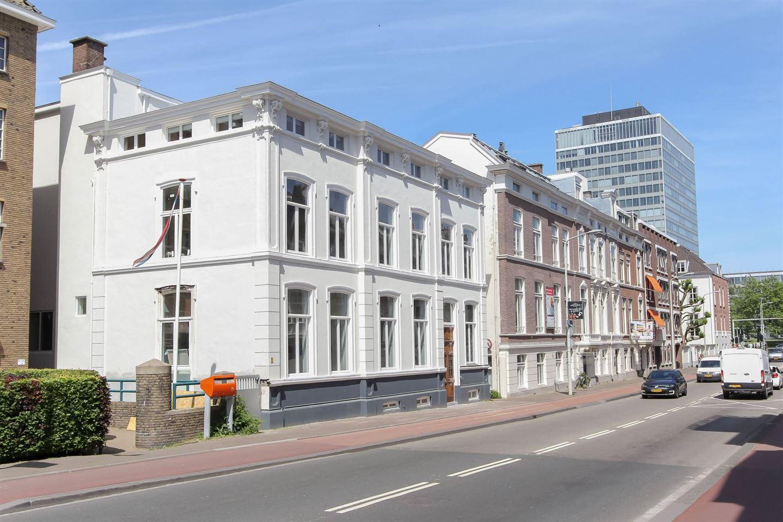 Bekijk foto 3 van Dr. Kuyperstraat 6