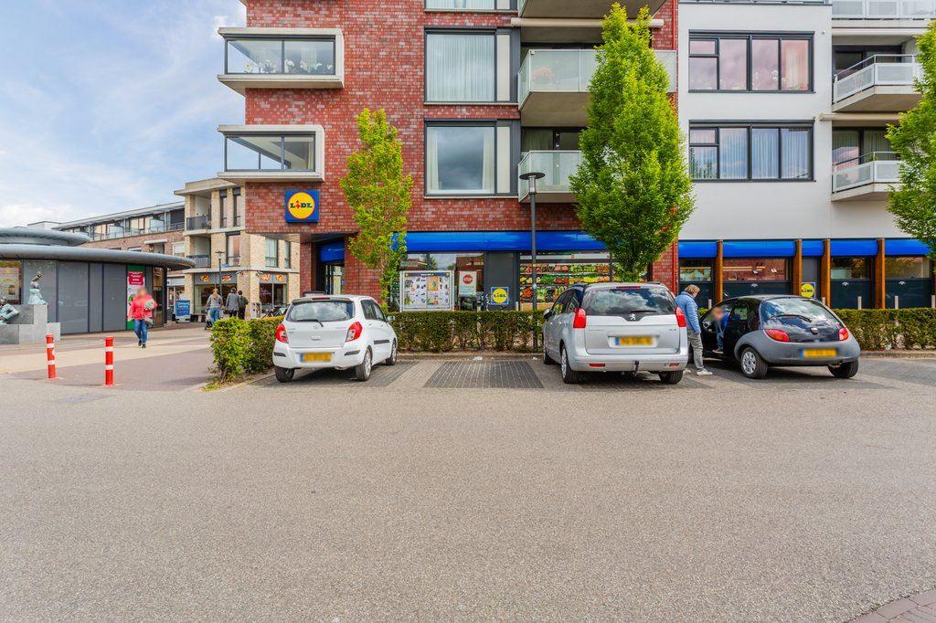 Bekijk foto 1 van Nieuwmarkt 81