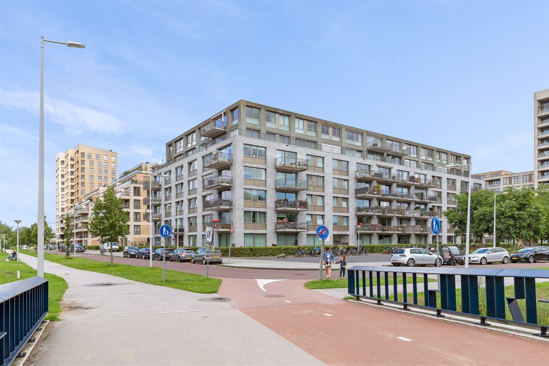 Bekijk foto 2 van Saskia van Uijlenburgkade 116