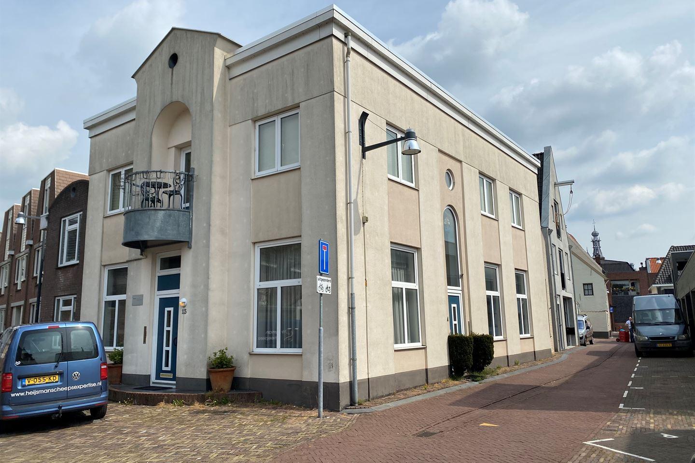 Bekijk foto 1 van Kloosterstraat 13