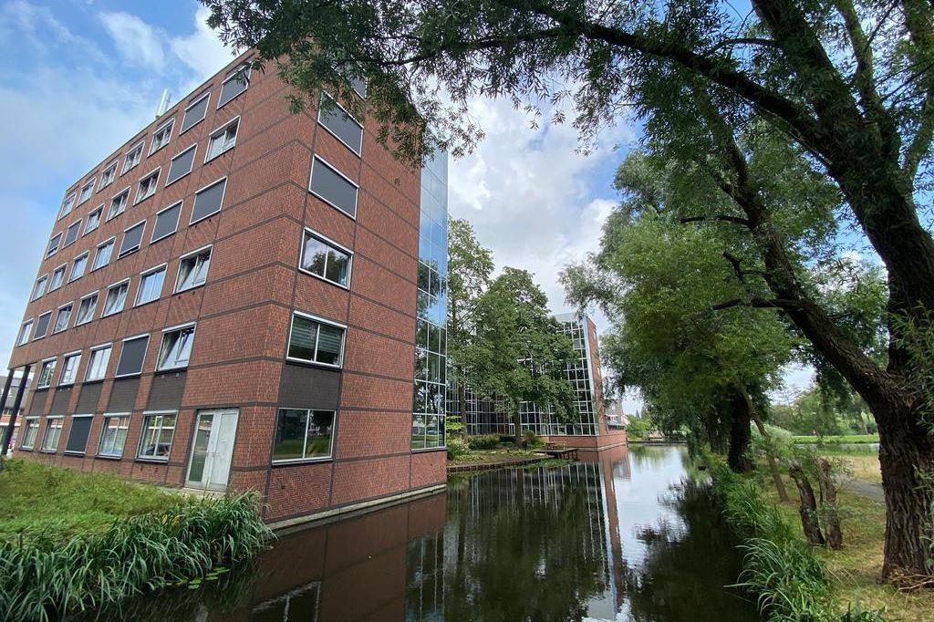 Bekijk foto 1 van 's-Gravenweg 675 A