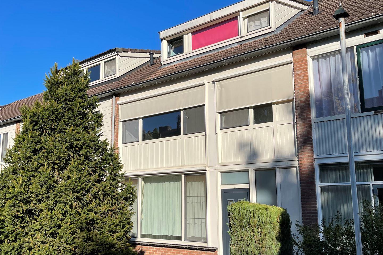 Bekijk foto 1 van Van Herlaerstraat 4
