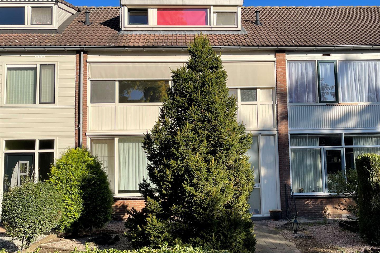 Bekijk foto 2 van Van Herlaerstraat 4