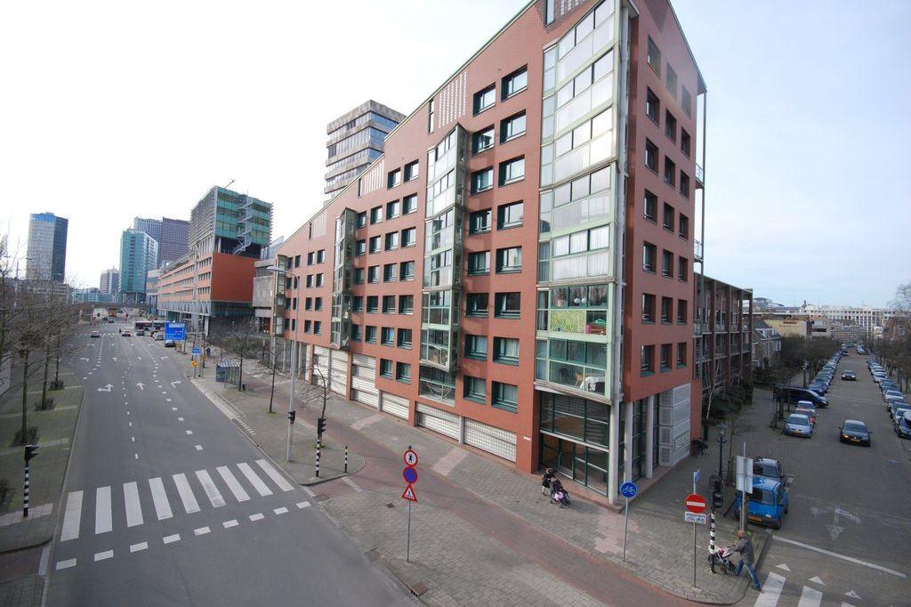 Bekijk foto 1 van Adelheidstraat 167
