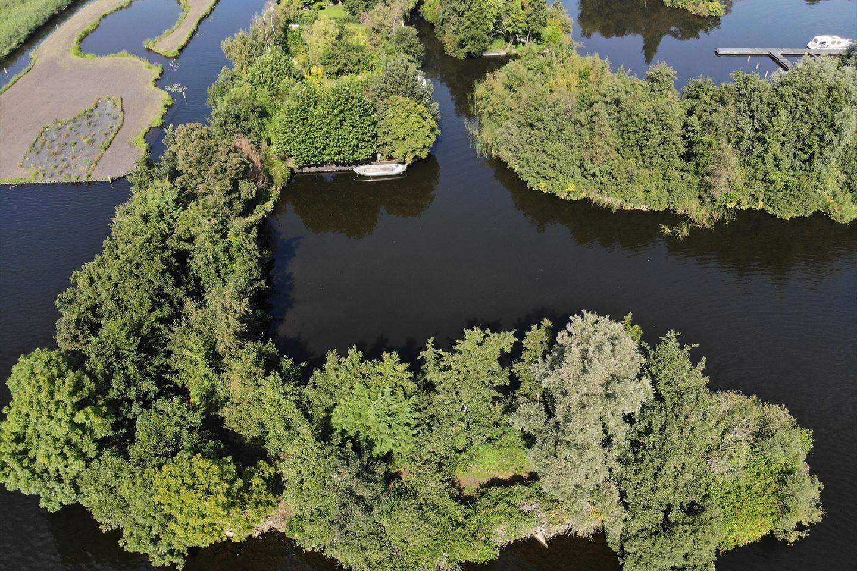 Bekijk foto 2 van Recreatie-eiland Westeinderplassen