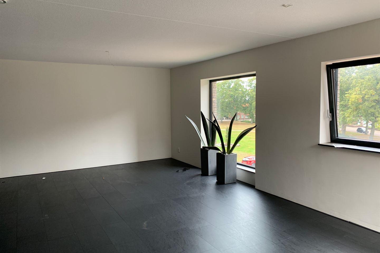Bekijk foto 3 van Wilhelminaplein 51