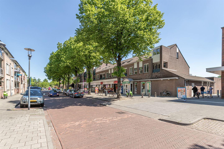 Bekijk foto 3 van Pastoor Doensstraat 1 a