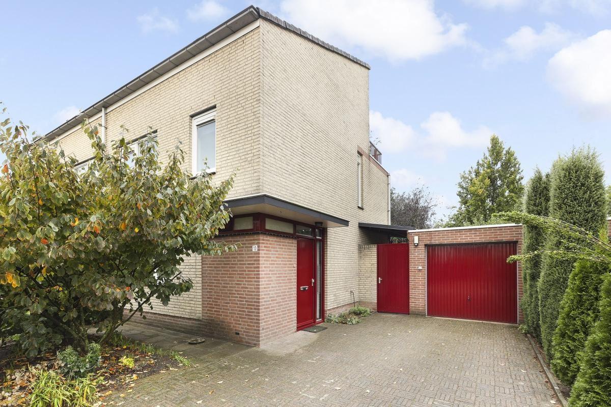 Bekijk foto 3 van Nistelrodestraat 11