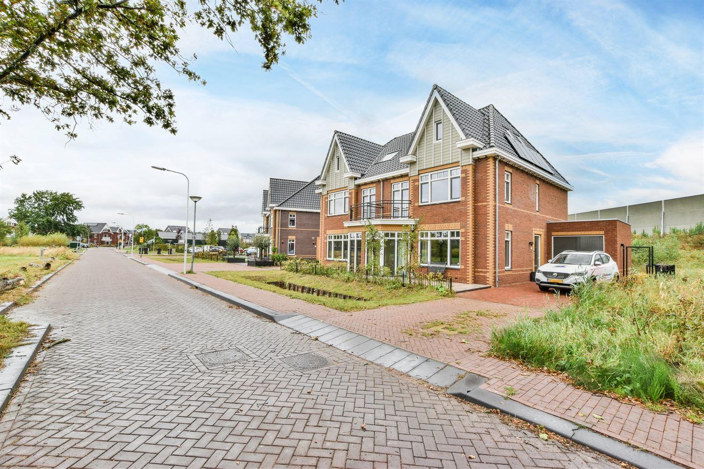 Bekijk foto 1 van Oude Rijnsburgerweg 91