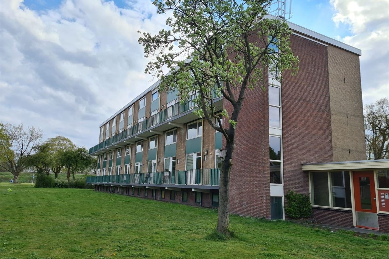 Bekijk foto 1 van Roelof van Schevenstraat 135