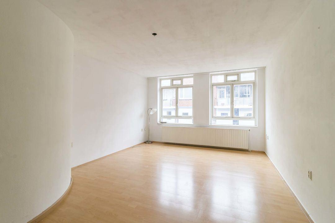 Bekijk foto 3 van Frederikstraat 56 - D