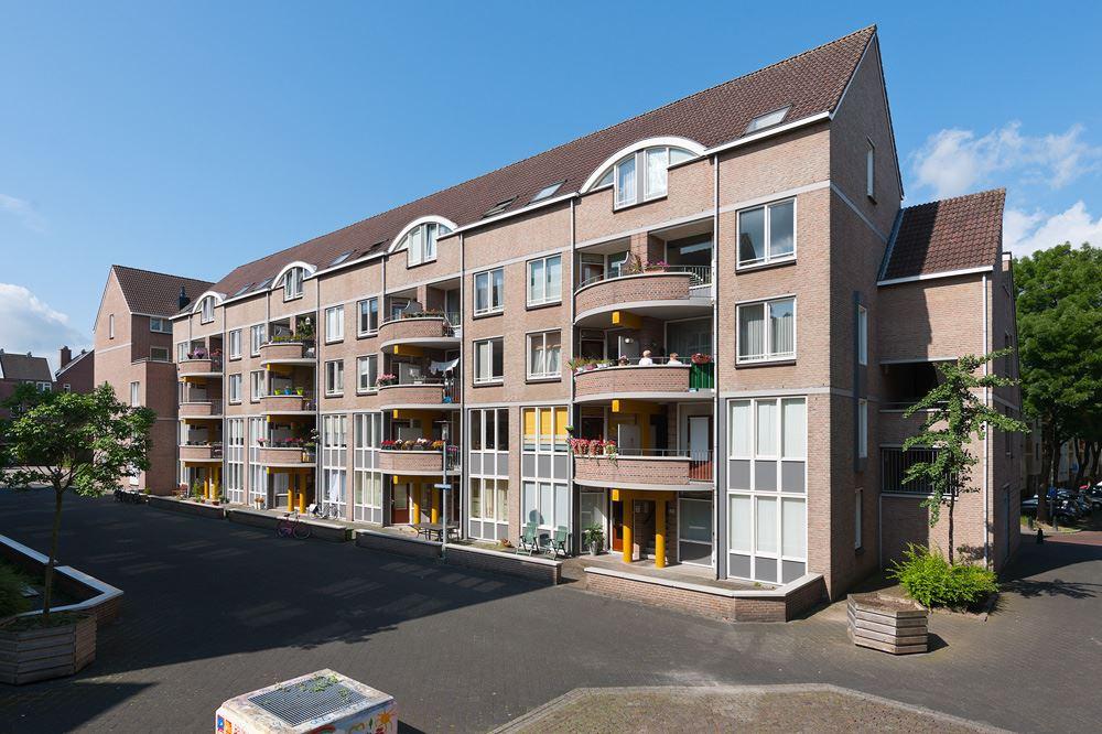 Bekijk foto 3 van Maastrichter Grachtstraat 24 C