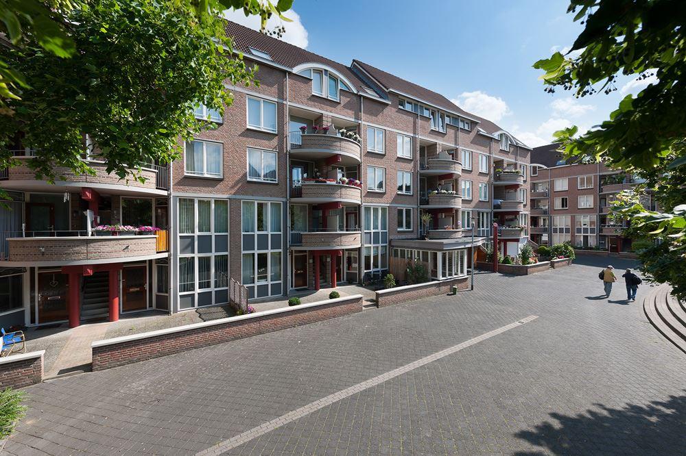 Bekijk foto 4 van Maastrichter Grachtstraat 24 C