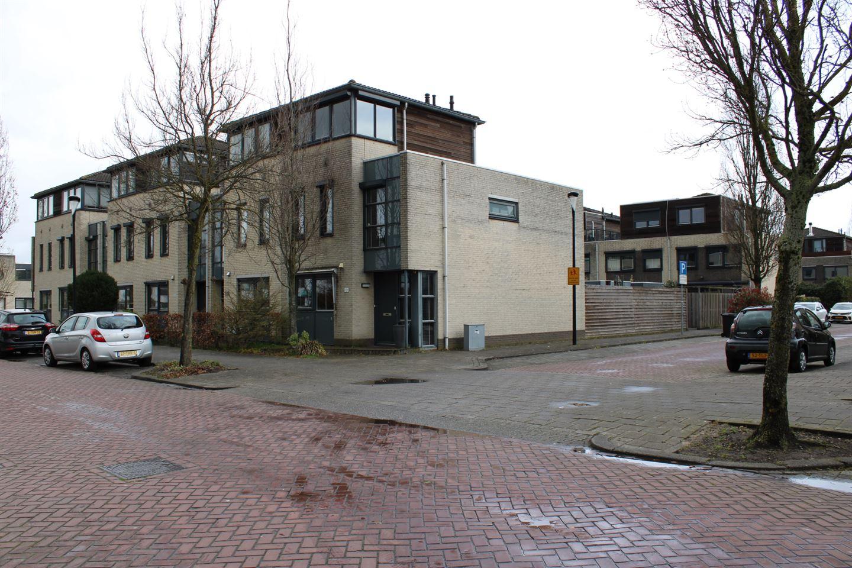 Bekijk foto 1 van Burgemeester Beelaertspark 101