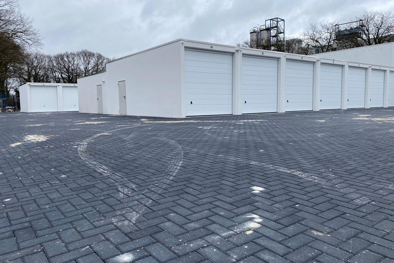 Bekijk foto 4 van Bedrijfsunits Phileas Foggstraat