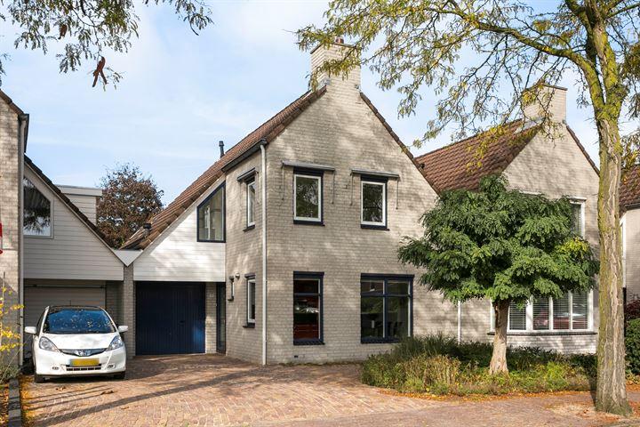 Hoefstraat 16