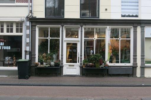 Bekijk foto 1 van Voorstraat 55