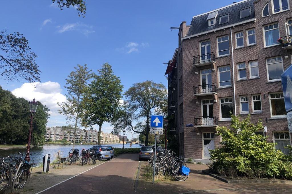 Bekijk foto 1 van Elisabeth Wolffstraat 3 -II
