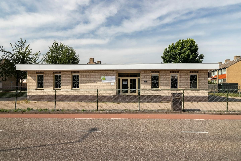 Bekijk foto 2 van Ravelstraat 69