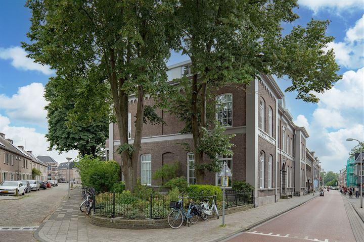 Van Karnebeekstraat 67 k