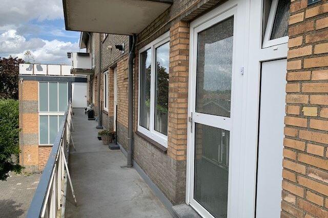 Bekijk foto 3 van Sint Camillusstraat 9