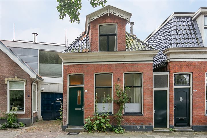 Grachtstraat 37