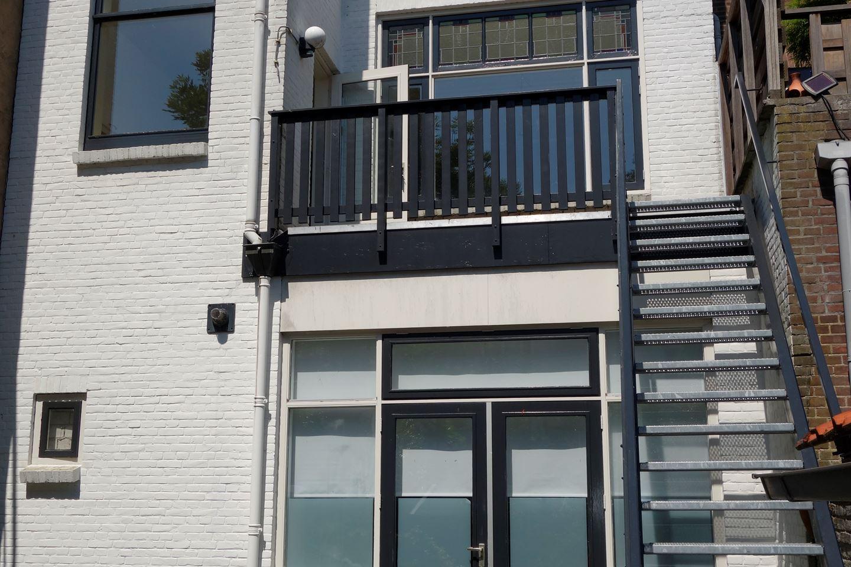 Bekijk foto 2 van Celebesstraat 62 64
