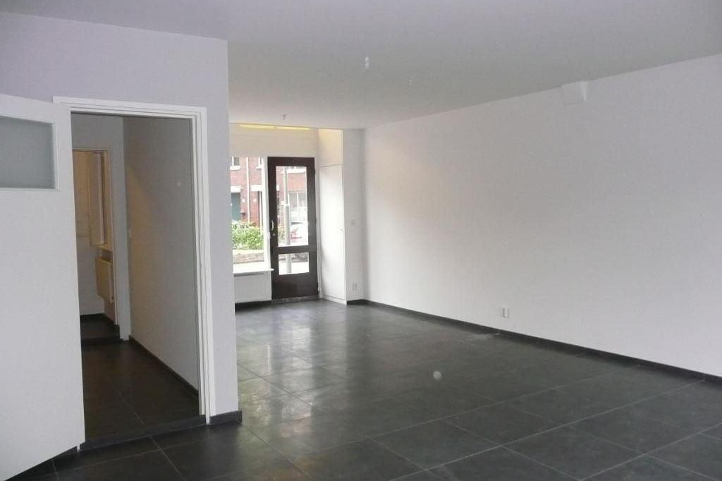 Bekijk foto 4 van Celebesstraat 62 64