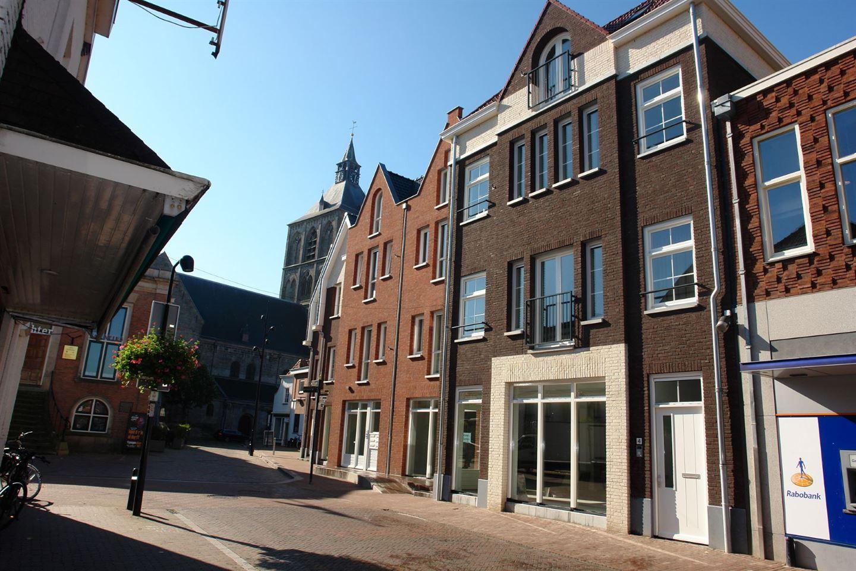 Bekijk foto 1 van Kerkstraat 4