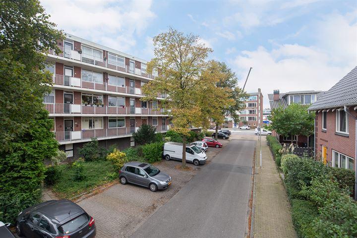 Van Brakelstraat 74