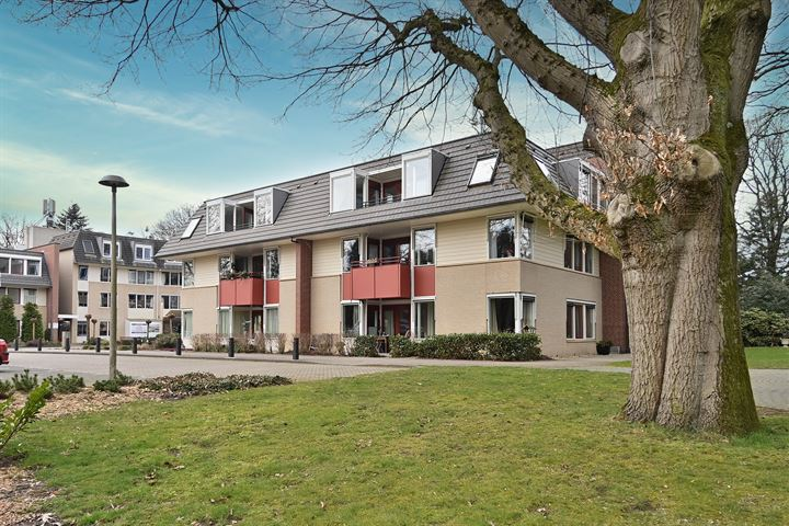 Torenhof 8