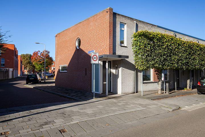 Hoefstraat 93