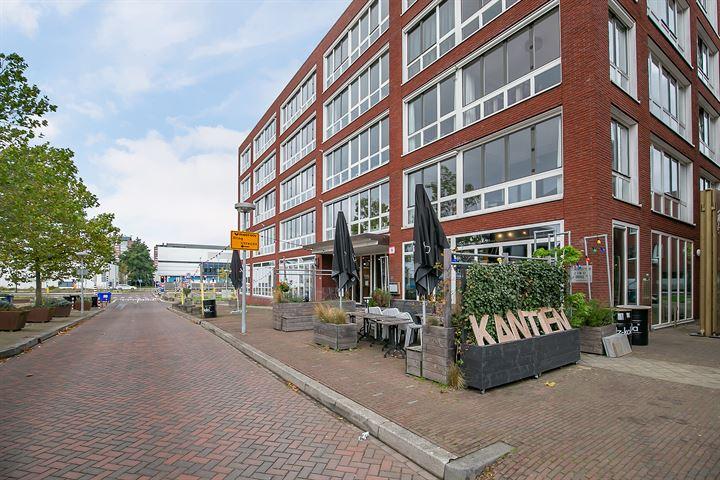 Veilinghavenkade 9