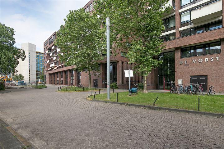 Lichtstraat 327