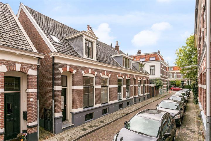 Veldstraat 13